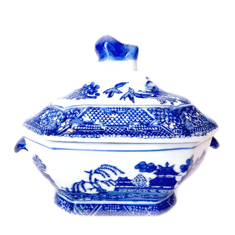 Blue & White Scenery Painting Porcelain Container with Cover