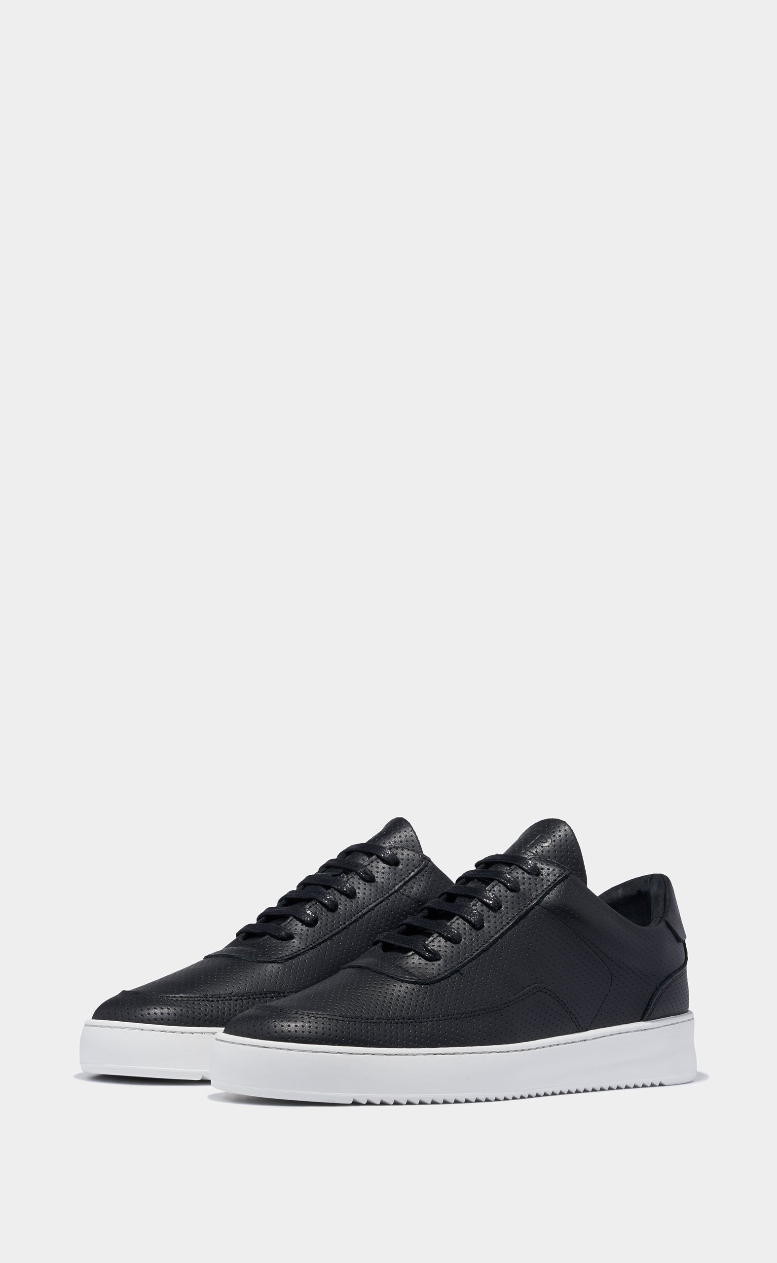 Low Mondo Ripple Nappa Perforated Black