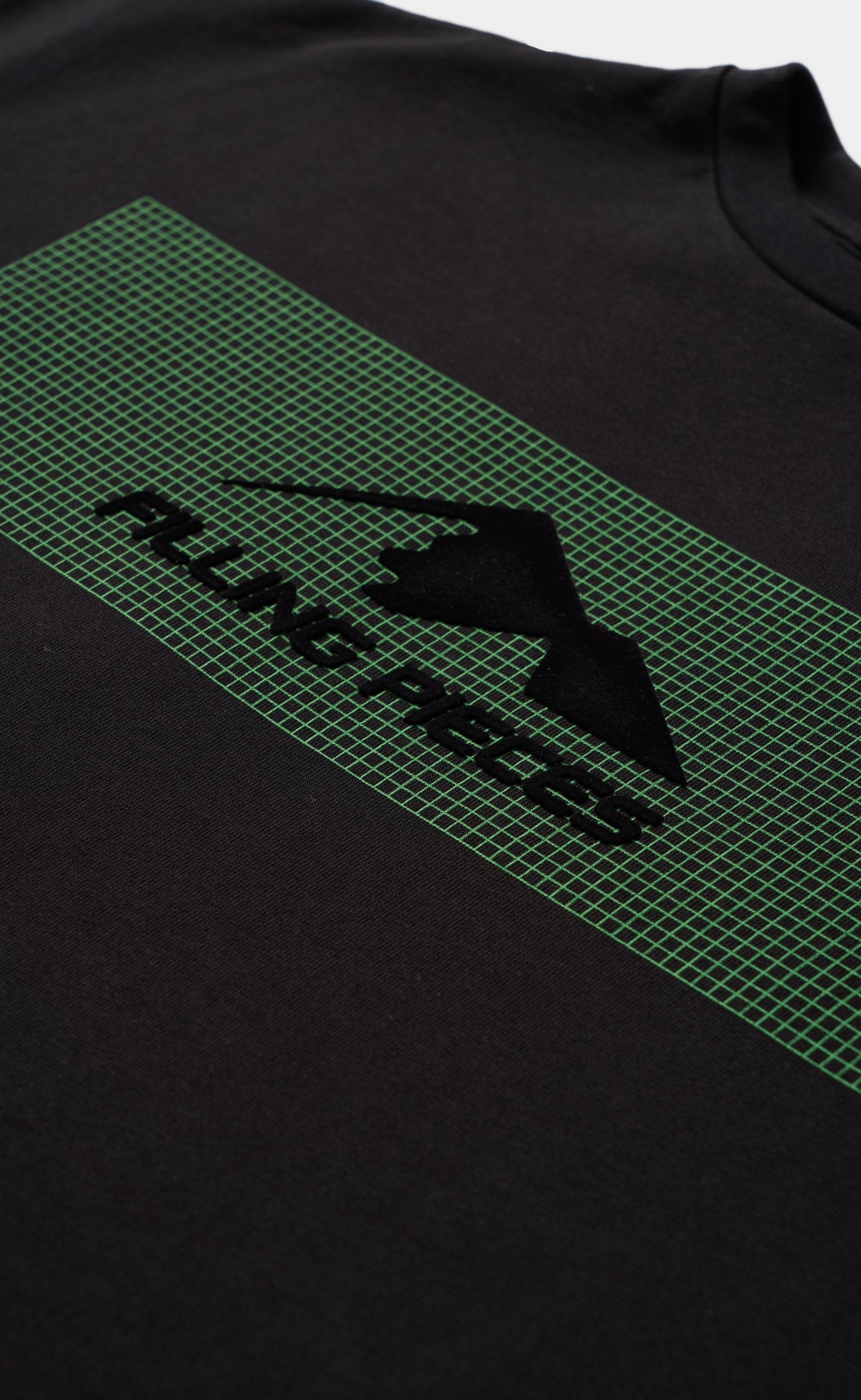 Graphic Tee Black - Mountain Grid Green