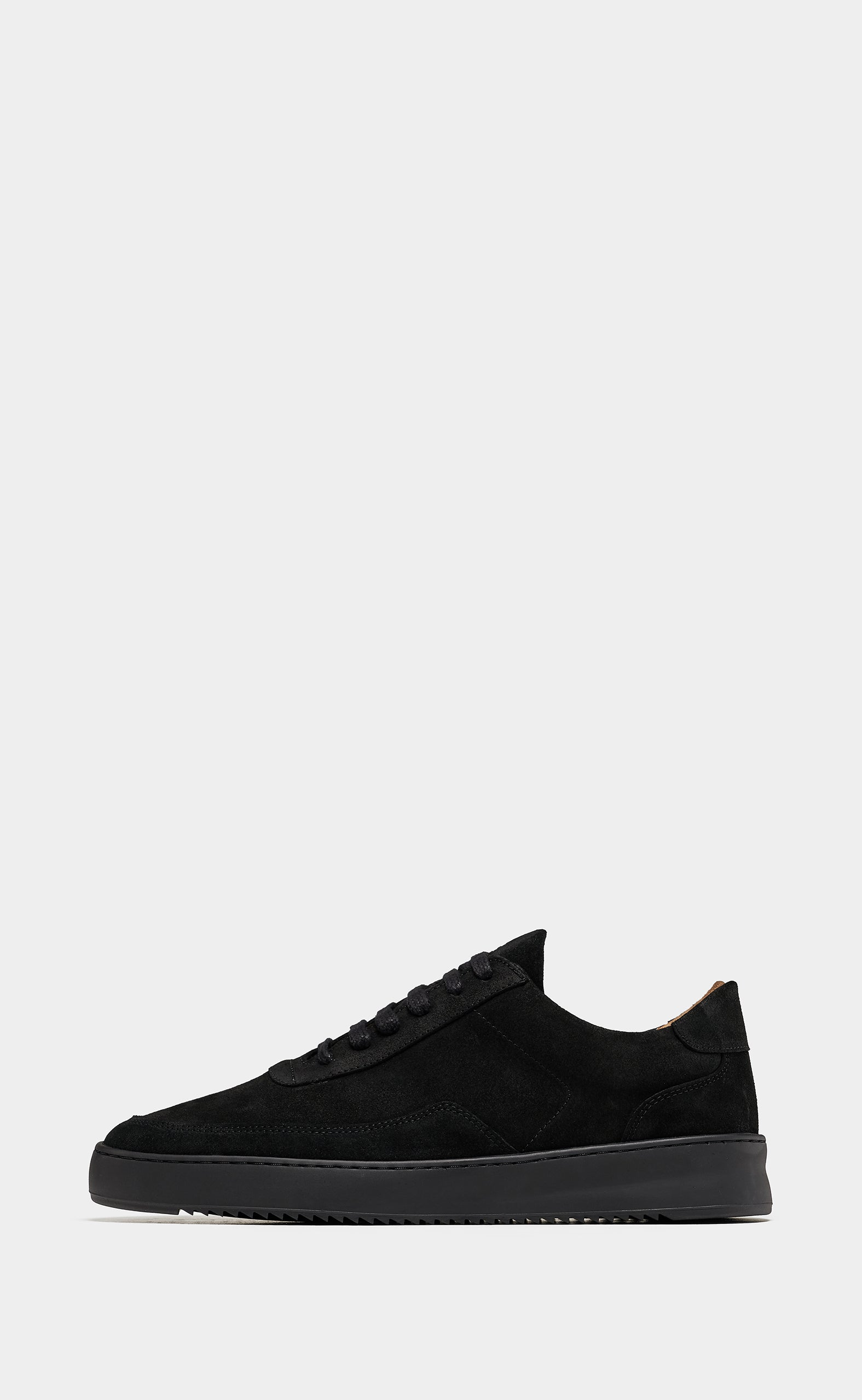 Low Mondo Ripple Nardo Suede All Black
