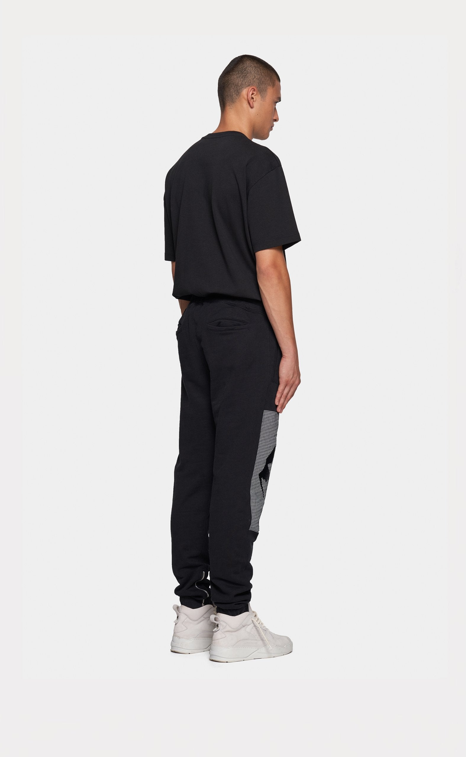 Graphic Sweatpants Black - Mountain Grid