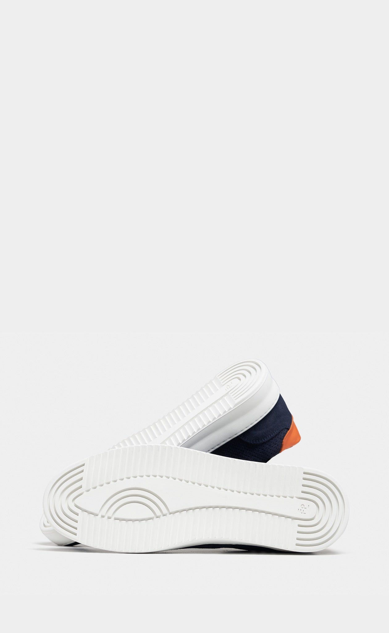Low Mondo Ripple Suede Perforated Navy