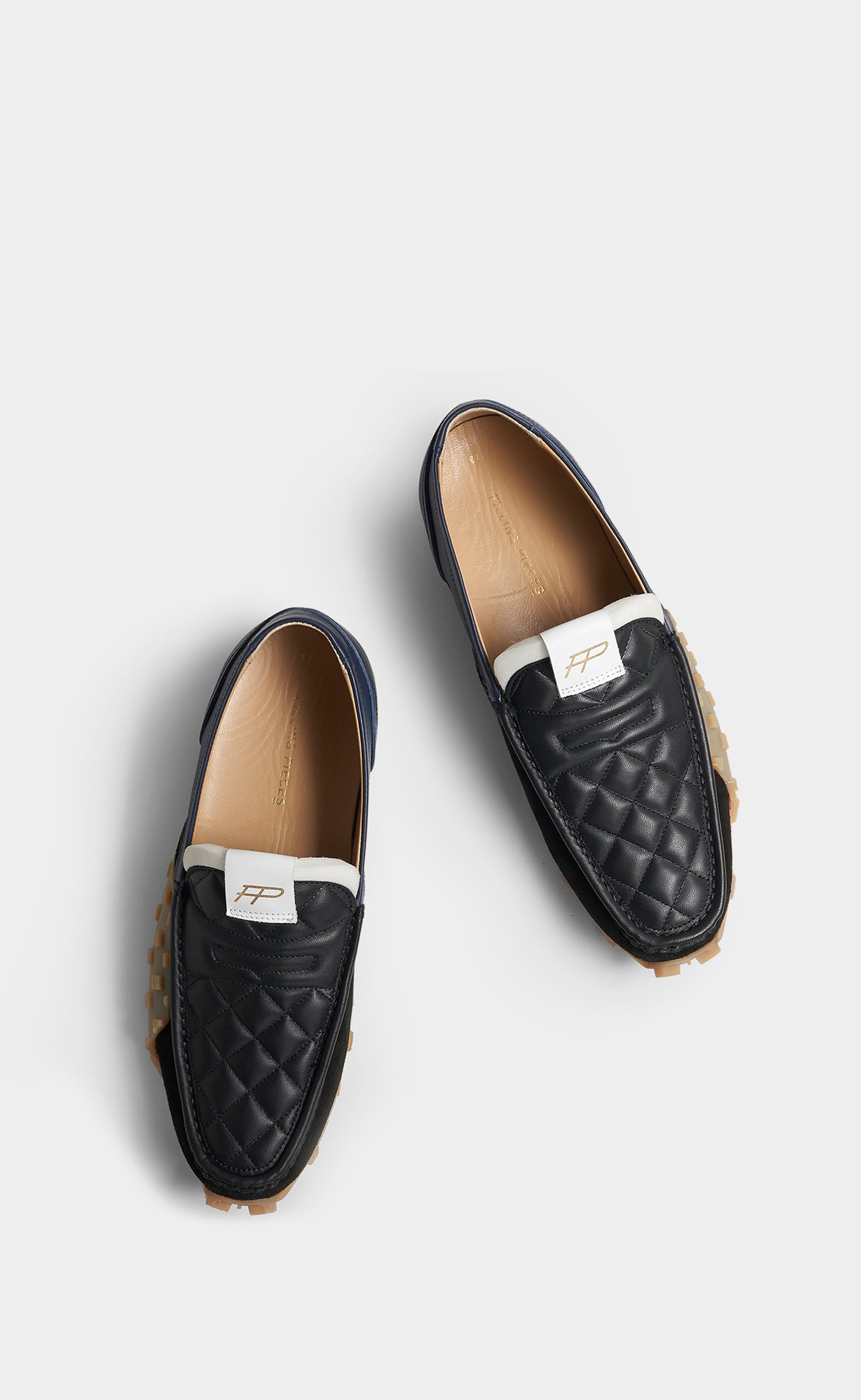 Crease Loafer Black - men