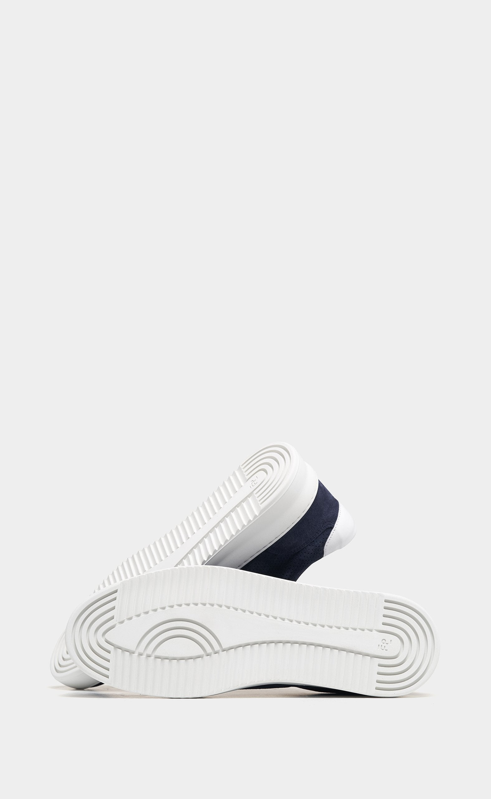Mondo Ripple Perforated Navy - men