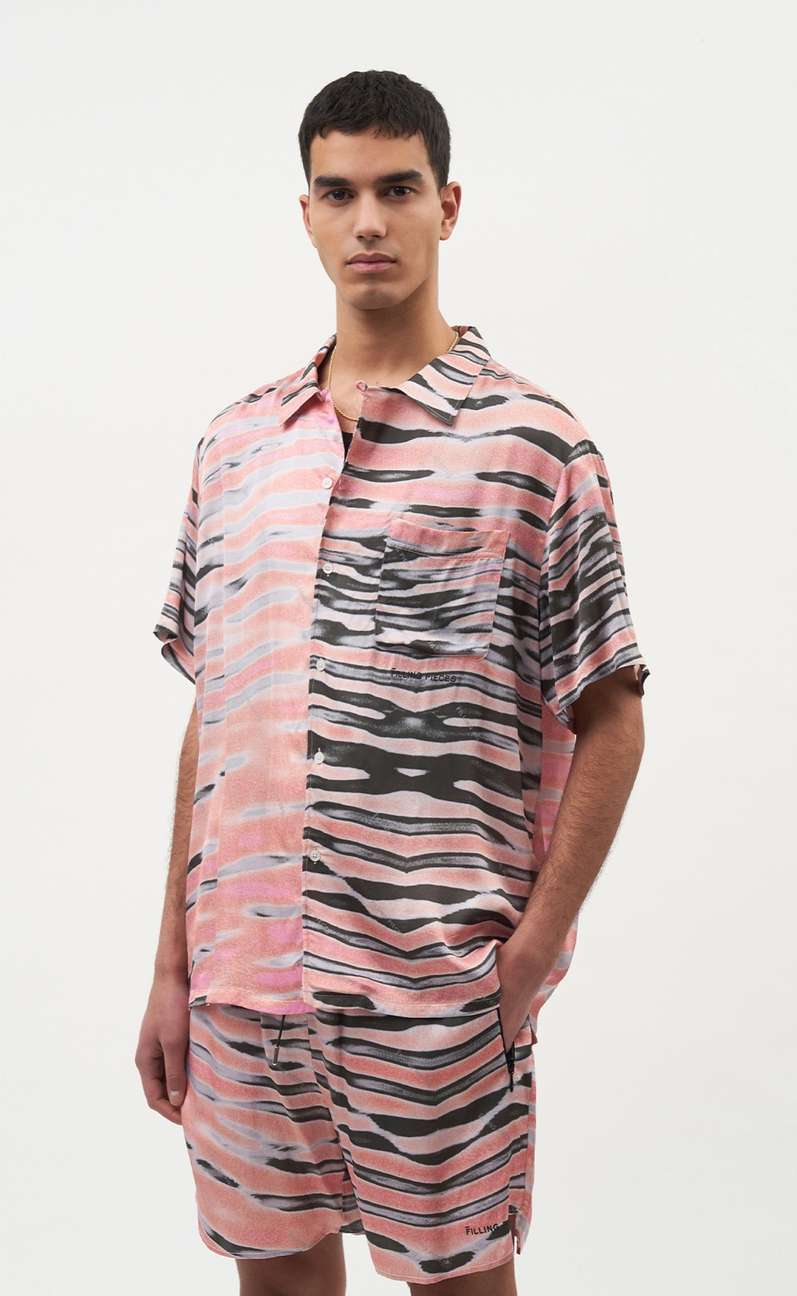 Printed Resort Shirt Pink Wavey - men