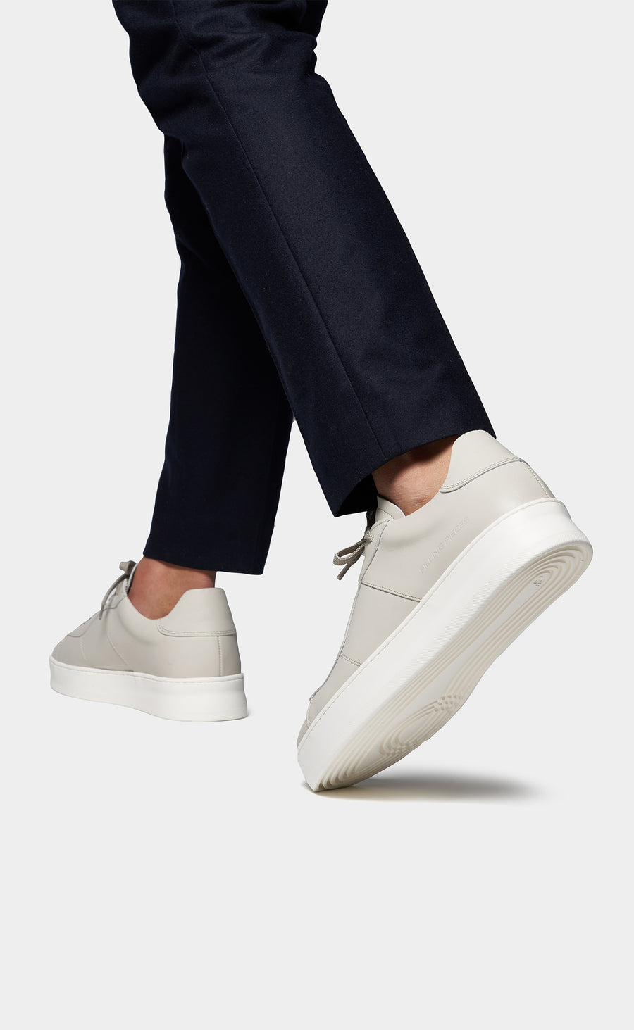 Low Plain Court Off White - men