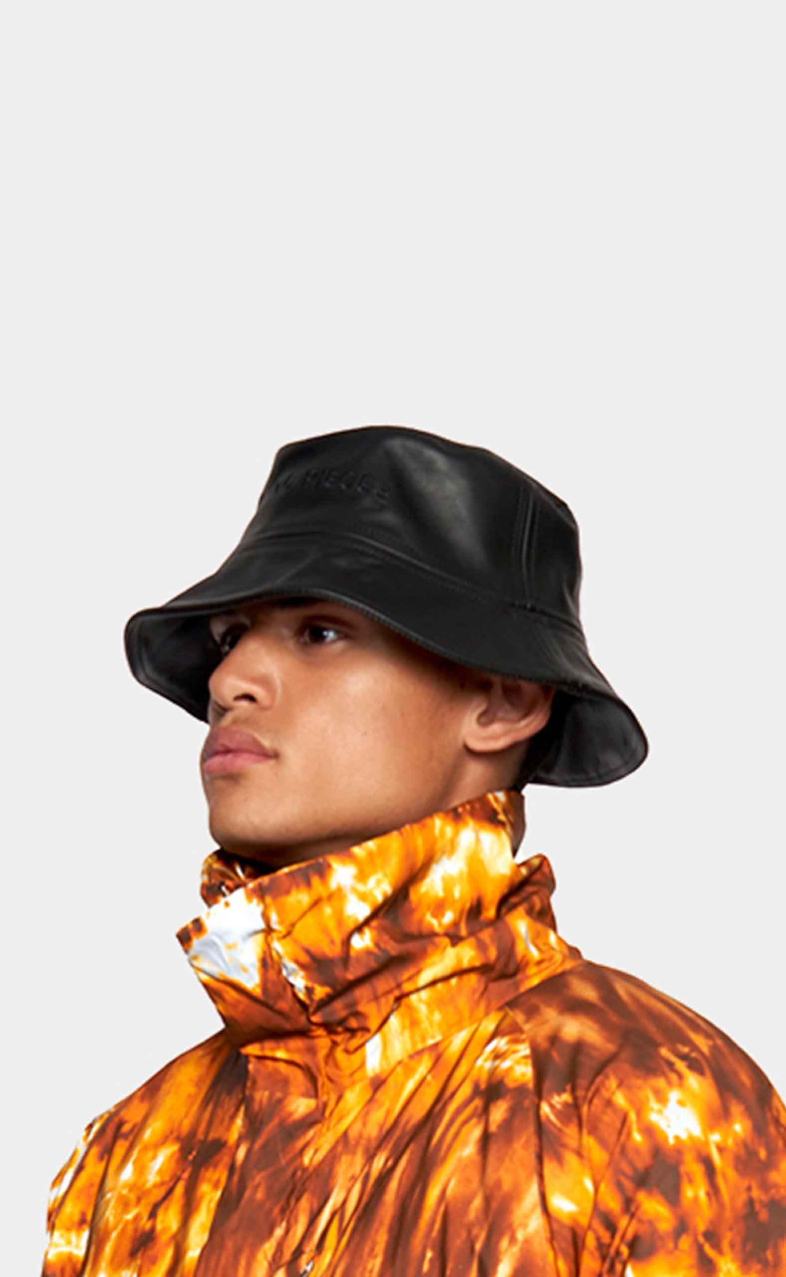 Bucket Hat Black Leather - men