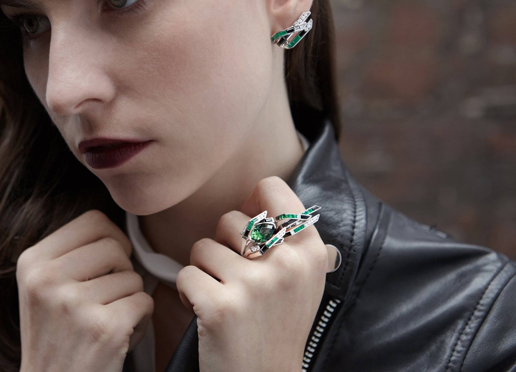 ELECTRIC NIGHT GREEN COCKTAIL RING