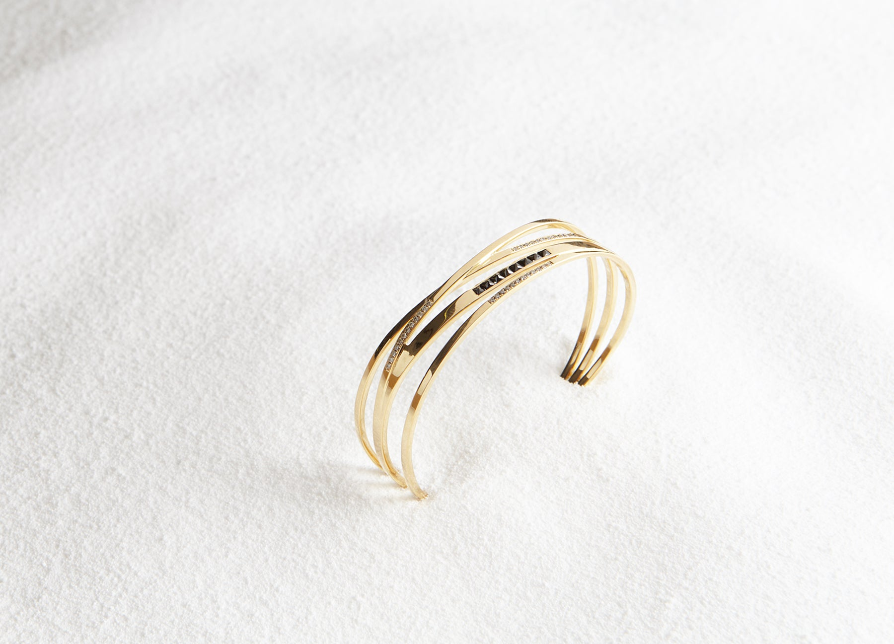 MINI STELLAR WRAP GOLD BANGLE