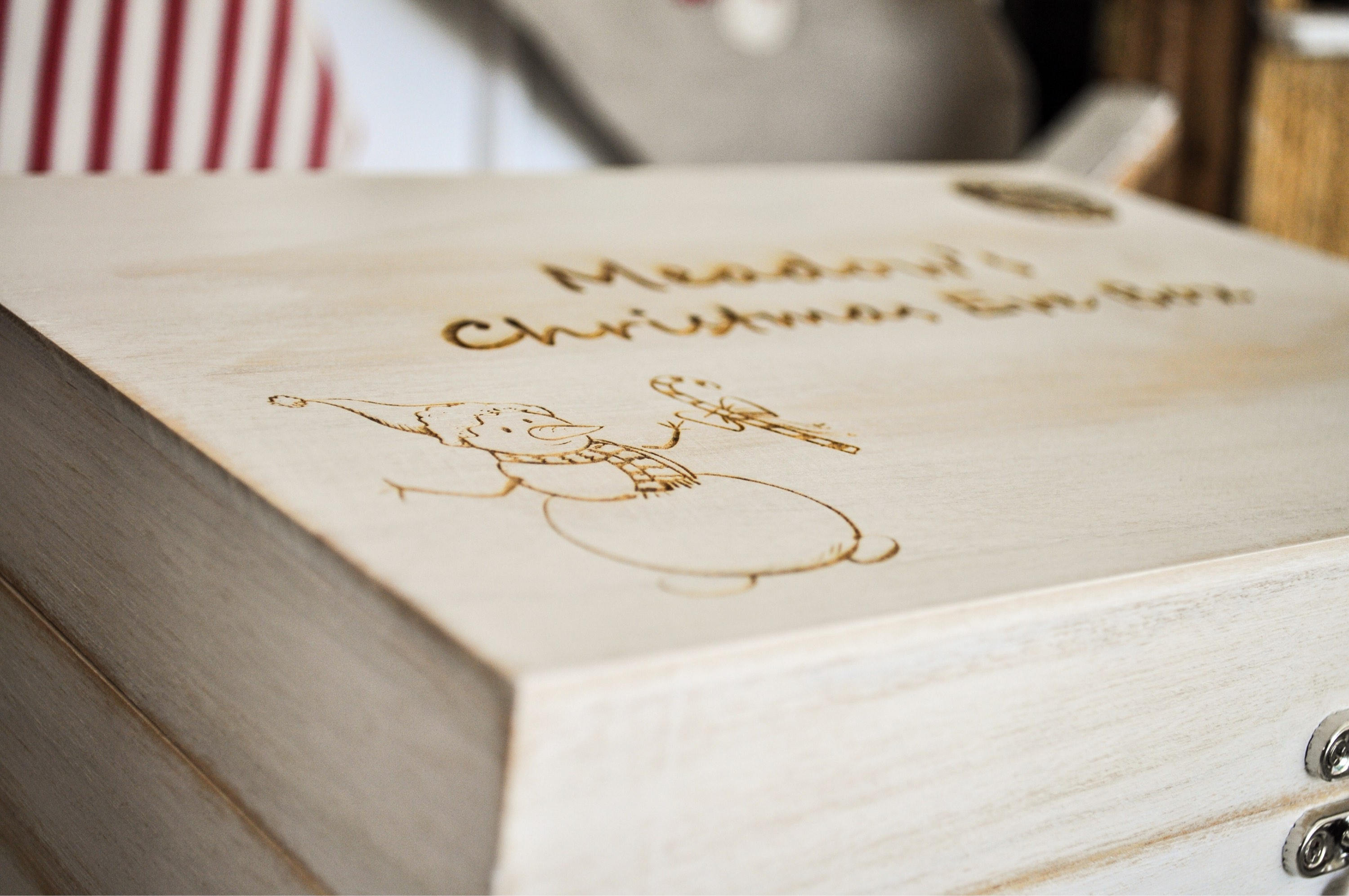 Personalised Christmas Eve Box Snowman Design /Rustic White Box/ Memory Box/ Xmas Eve Box/Engraved Wood Christmas Box/Christmas Tradition