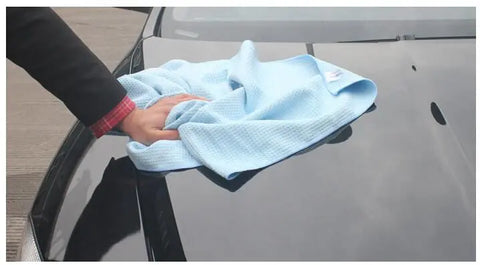 Buy Custom Car Care Waffle Weave Drying Towel in the Custom Car Care webshop.