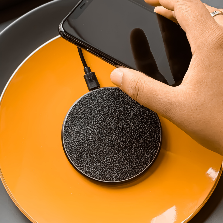Circular Leather Charging Pad - Business Edition - Rose Gold