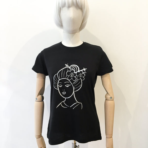 Geisha T-shirt Black with Silver Glitter