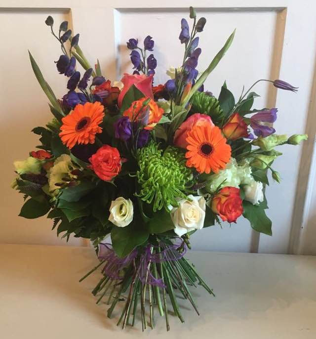 ivory Roses, Blooms Lisianthus, orange Germini, Monkshood