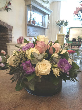 ivory/lilac Roses, Lisianthus, Spray Roses