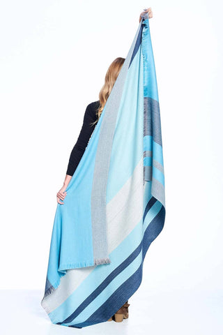 Alpaca Reversible Throw - Cool Agave