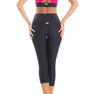 Capri pants total black