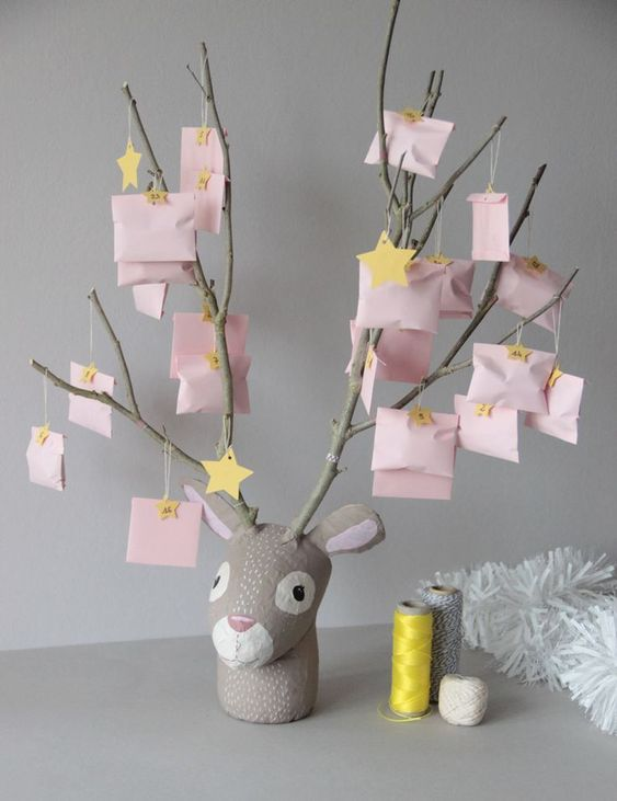 8 DIY Christmas Advent Calendars Ideas