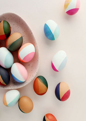 DIY MODERN COLOR-BLOCKED EASTER EGGS