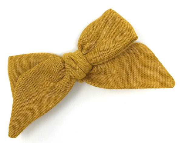 BABY TIED BOW IN OCHRE GAUZE - CLIP - sugarloaf