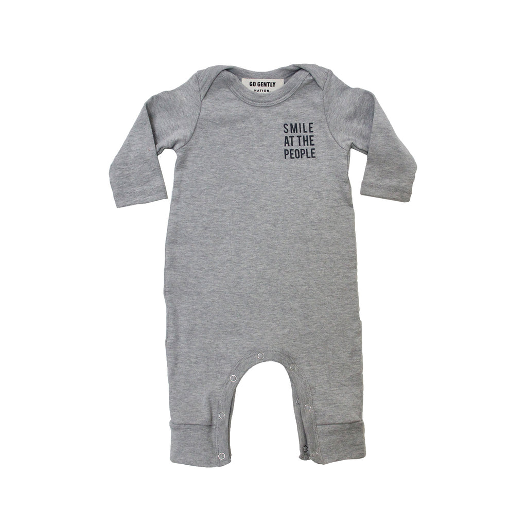 GO GENTLY NATION GO GENTLY NATION SMILE AT THE PEOPLE ROMPER IN GREY