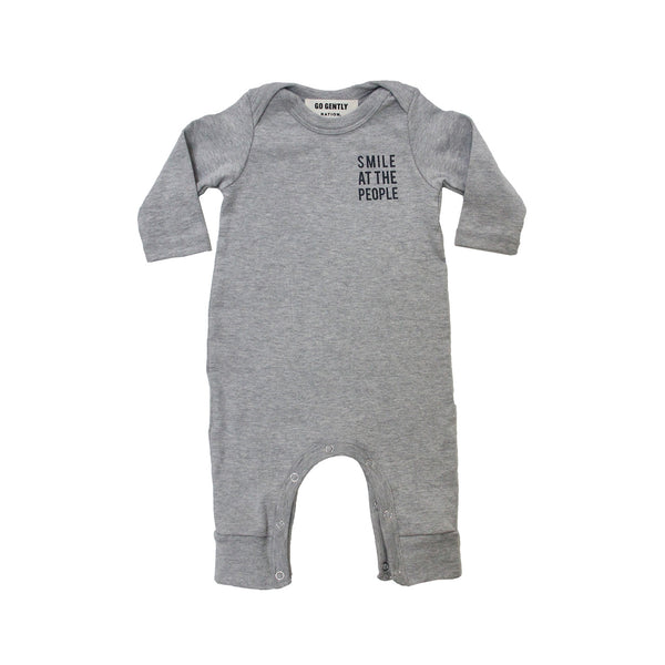 GO GENTLY NATION SMILE AT THE PEOPLE ROMPER IN GREY