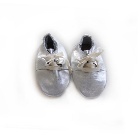 SIMPA BABY SHOES IN SILVER - sugarloaf