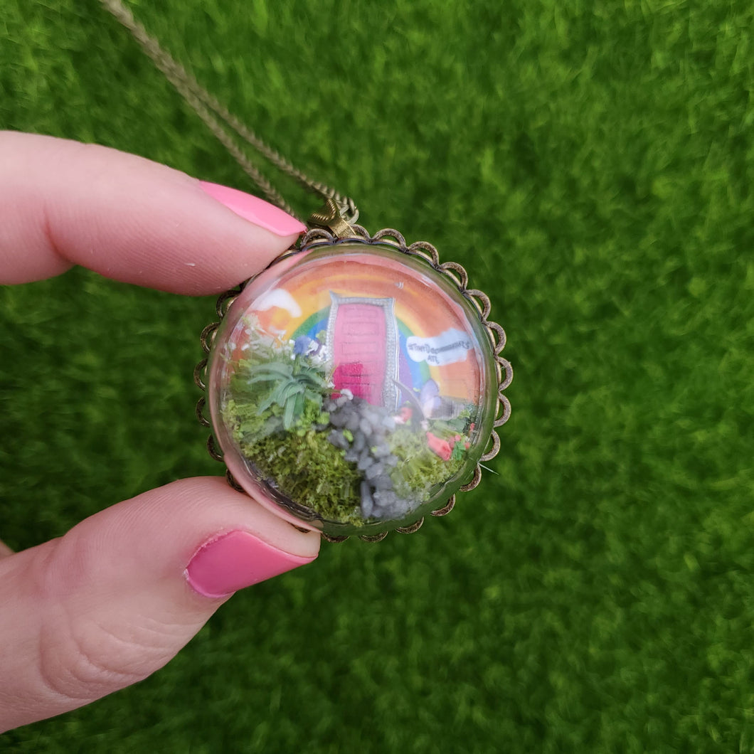 Valen-Tiny Necklace - Rainbow Door!