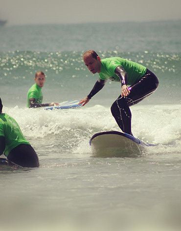 15 Surf Lesson Package (Group or Personal Trainer) - Surf' in Monkeys School & Shop