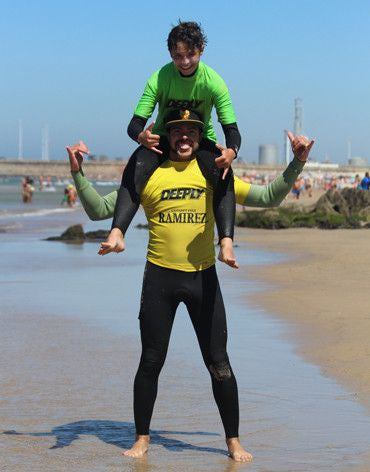 Single Surf Lesson (Group or Personal Trainer) - Surf' in Monkeys School & Shop