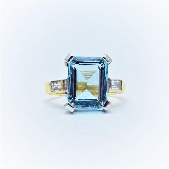 Aquamarine Yellow Gold and Platinum Ring