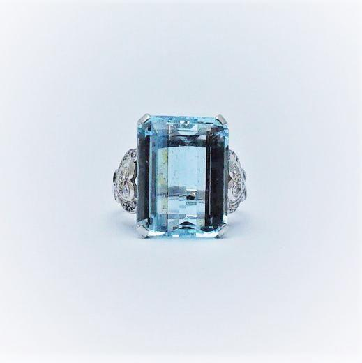 Aquamarine White Gold And Platinum Ring