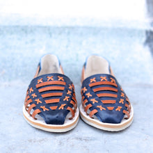 BETA HUARACHE FOR WOMEN IN NAVY AND NATURAL LEATHER
