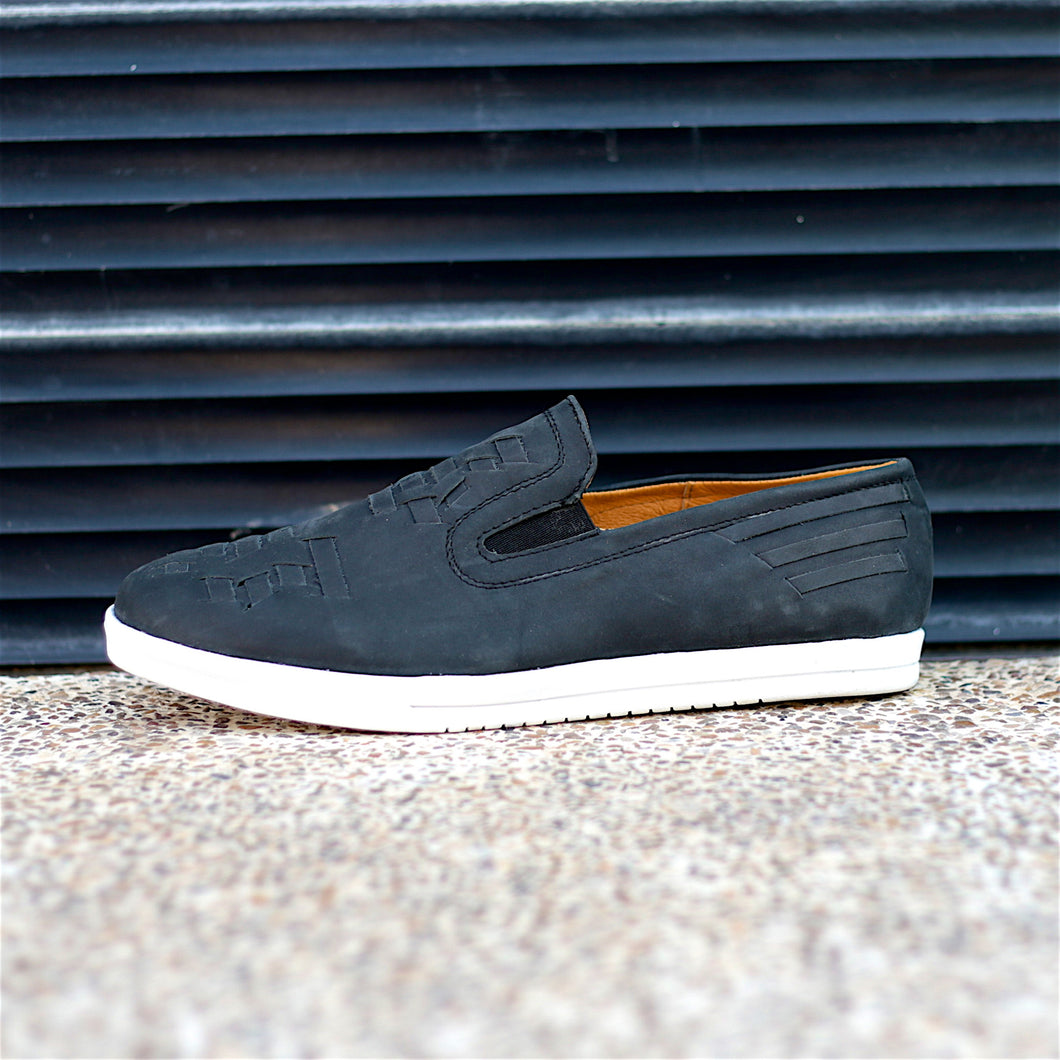COMA SLIP-ON HUARACHE SNEAKER FOR MEN IN BLACK LEATHER WEAVE