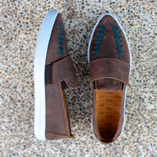 COMA SLIP-ON HUARACHE SNEAKER FOR WOMEN IN CHOCOLATE LEATHER WEAVE