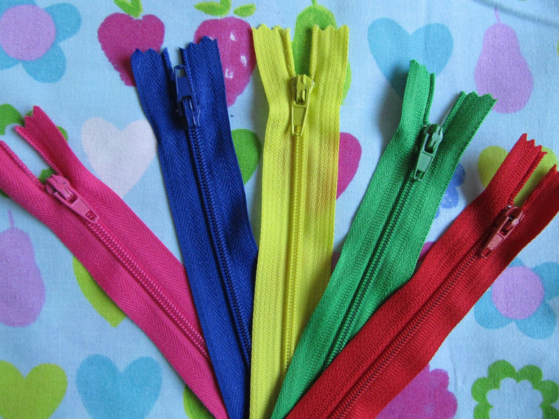"Pack of 5 Closed End Zips - 16"" (40cm)"