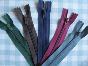 "Pack of 5 Closed End Zips - 14"" (35cm)"