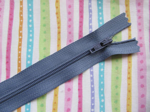 "Closed End Zip - 8"" (20cm)"
