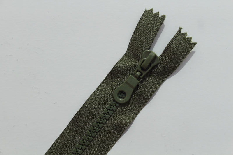 Chunky Plastic Closed End Zip