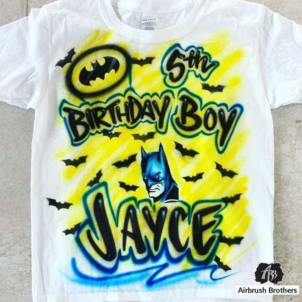 airbrush custom spray paint  Airbrush Batman Cartoon Design shirts hats shoes outfit  graffiti 90s 80s design t-shirts  Airbrush Brothers Shirt