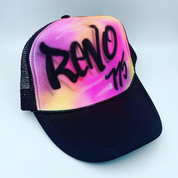 airbrush custom spray paint  Airbrush Colorful Hat Design shirts hats shoes outfit  graffiti 90s 80s design t-shirts  Airbrush Brothers Hats
