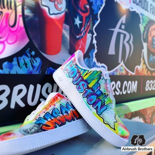airbrush custom spray paint  Custom Graffiti Shoe Design shirts hats shoes outfit  graffiti 90s 80s design t-shirts  AirbrushBrothers shoes