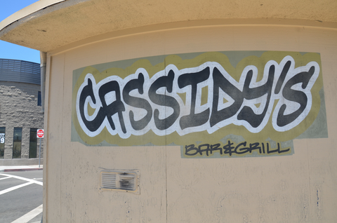 cassidy's dive bar newport beach