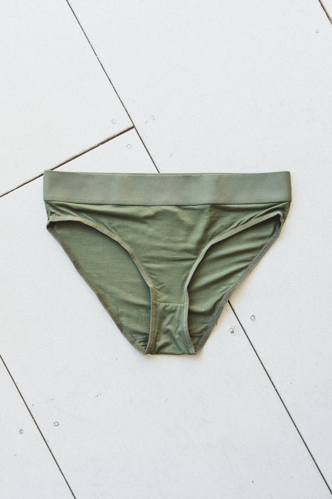 ELASTIC BELL UNDERWEAR IN GREEN