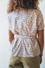 JULIEN TOP IN PINK DAHLIA PRINT