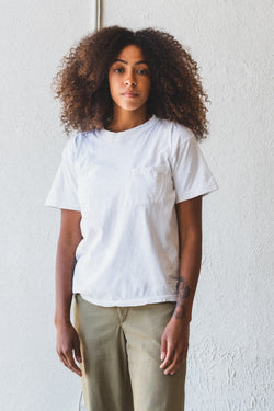 VINTAGE WHITE POCKET TEE 09