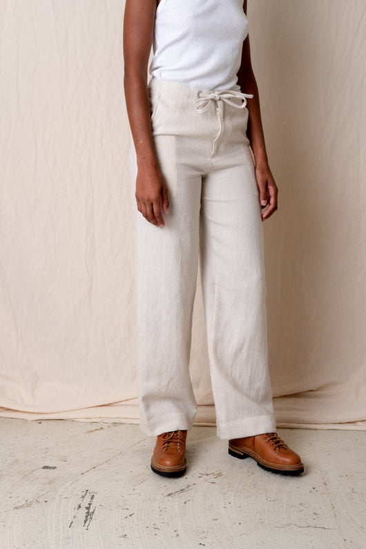 EASY STRAIGHT PANT IN OFF WHITE