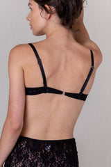 CLASSIC BRA IN BLACK SILK LACE