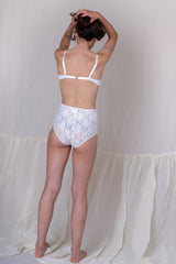 HIGH WAIST PANTY IN WHITE SILK MESH