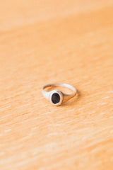 NOIR SMALL PLATTER RING